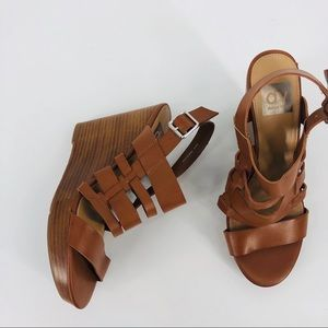 Dolce Vita Size 8 Wedge Sandals Strappy Brown
